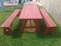 Solid wood picnic table Womelsdorf, 19567