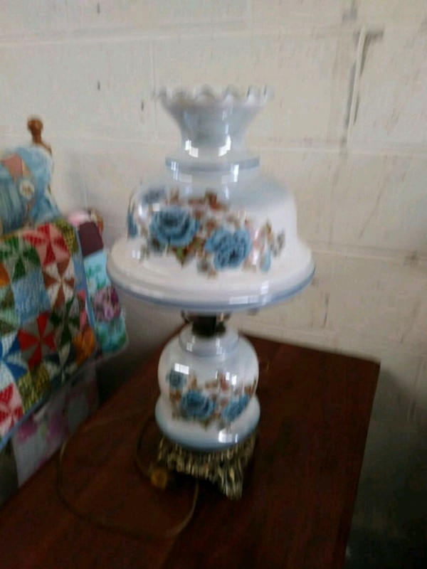 white and blue floral table lamp
