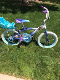 Girls Frozen Bike & Helmet