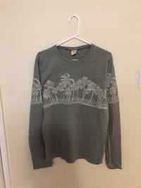 Hollister long sleeve size medium Toronto, M3M 2H9