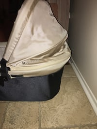 Uppababy vista 2014 bassinet excellent condition