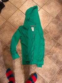 thin green hoodie medium Fairfax, 22030