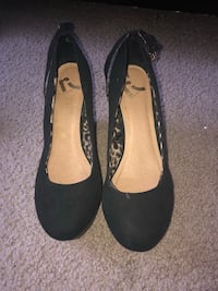 Pair of black wedges San Jose, 95125
