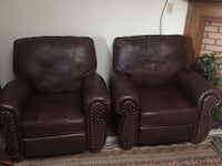 Two Beautiful Leather Nailhead Recliners chairs Bridgeview, 60455