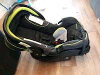 black and green car seat carrier Hamilton, L9A 5H8