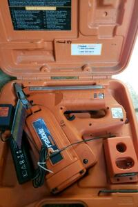 tools  includes gun, case and charger need new battery.
