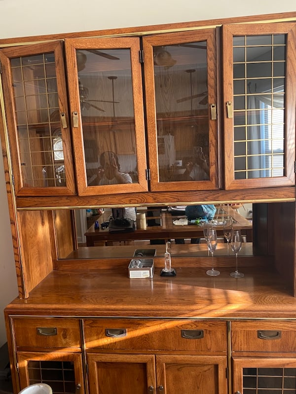China Hutch and Dining room table with benches c02673ad-8d85-4a0f-9436-d055b66b0eff