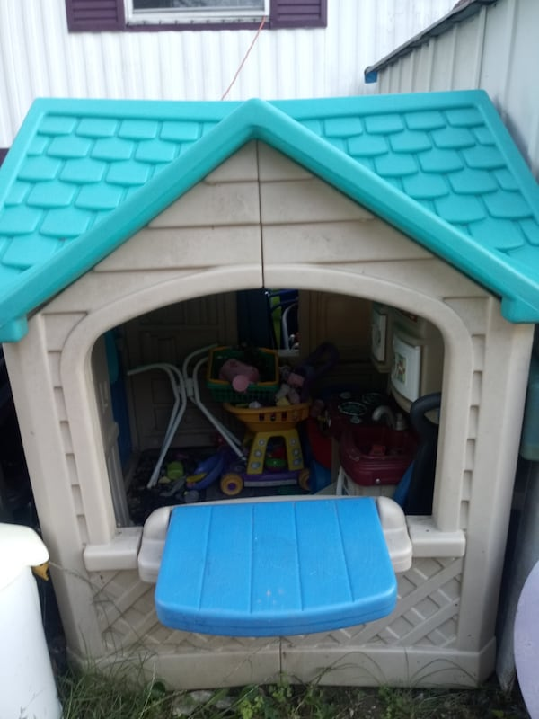 Toy house 1