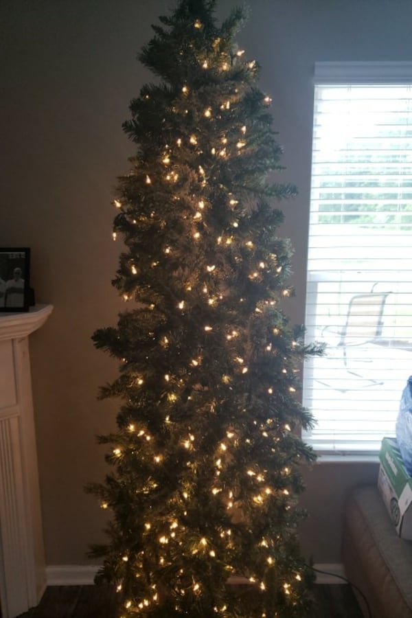 7' Christmas tree. f5cfc7df-e043-4565-baf7-2bc5ef701cd6
