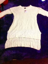 white and black knitted sweater Fresno, 93702