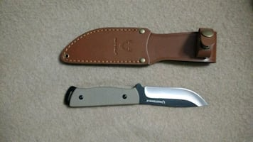 Hunter all purpose knife.