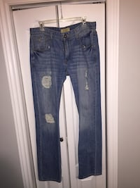 Ripped Guess Jeans  Toronto, M4C 5L7