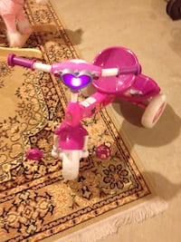 toddler;s pink and purple trike Calgary, T2Z 0E9
