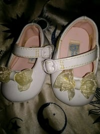 baby's white and brown leather sandals Myrtle Beach, 29588