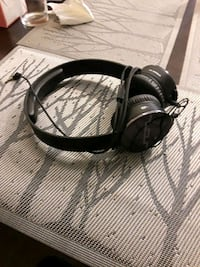 black and gray corded headphones San Diego, 92110