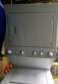 gray stackable washer and dryer Kent, 98032