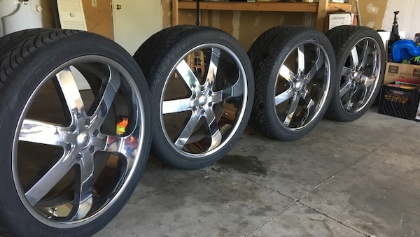 Used 24 Inch Wheels With Tires For A Gmc Or Chevy For Sale In