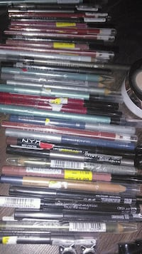 New eye/lipliner 3$each Edmonton