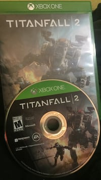 Xbox one titanfall 2 disc with case Fort Pierce, 34946