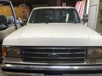 Ford - F-250 - 1988 XLT Lariat 7.5L Cathedral City