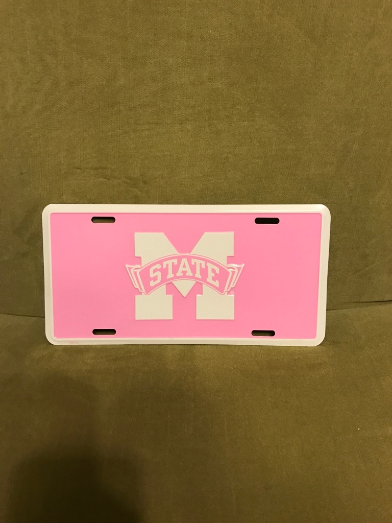 Photo Pink and white Mississippi state university car tag card