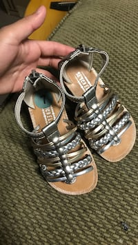 Girls size 7 sandals never worn El Paso, 79924
