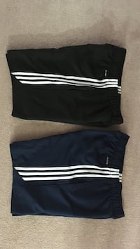 Black and white adidas shorts Niagara Falls, L2H 3G3