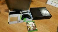 Xbox One 500gb with controller and game Brampton, L6Y 4T3