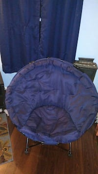 "40"" Navy Blue oval round foldable chair (huge!) Gaithersburg, 20878"
