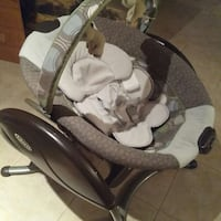 Baby's grey and white graco bouncer Vaughan