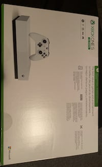 Xbox one S All Digital(doesnt use cd) Toronto, M3J 1M6
