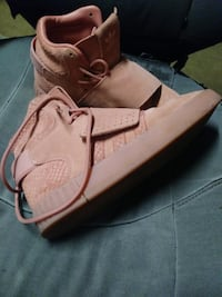 Adidas High Top Pink Size 8 1/2 44 km