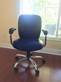 Office chair Mississauga, L4T 2M9