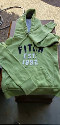 Abercrombie & Fitch size small $10 each Smyrna, 37167