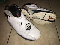 White and black air jordan 8 basketball shoe Montréal, H4N