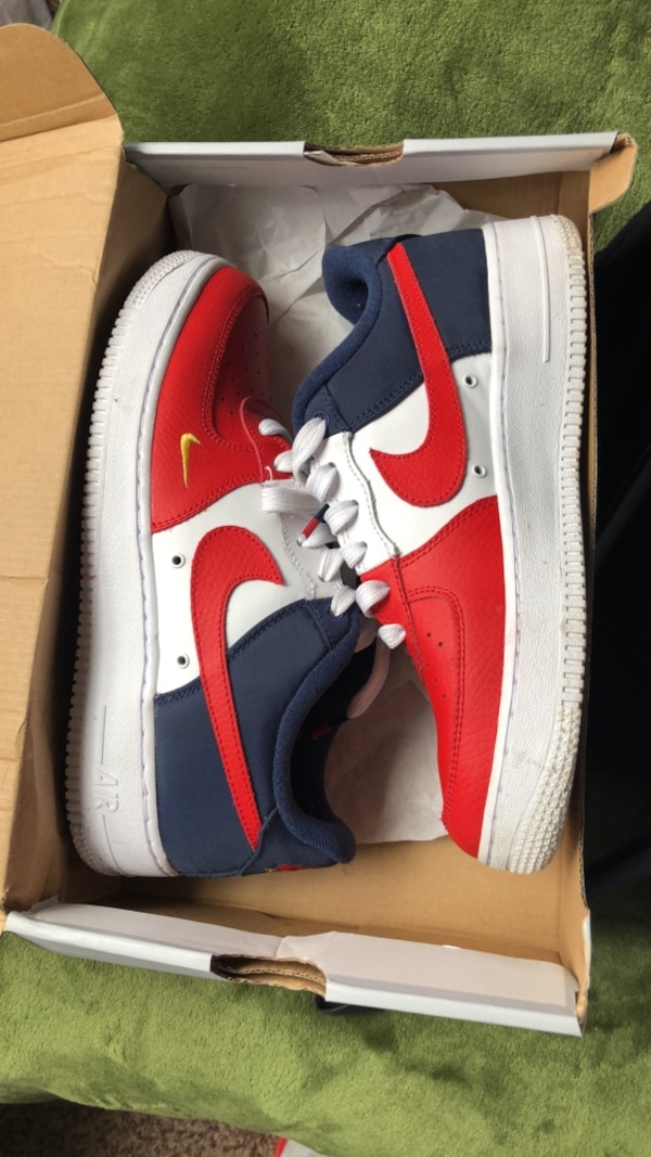 96dd6b7e0ef9 Used pair of red Nike Air Force 1 low shoes for sale in Columbia - letgo
