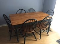 Genuine wood dining room table with 6 chairs Toronto, M4T 1Y7