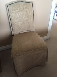 A set of 2 accent chairs  Edmonton, T5Y