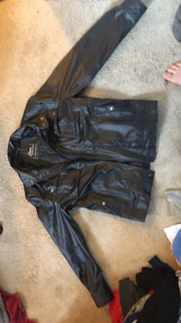 black leather zip-up jacket Purcellville, 20132