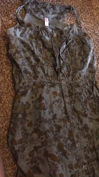 women's gray and white floral dress Chicago, 60624