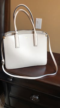 white and brown leather tote bag Maple Ridge, V2X 8M5