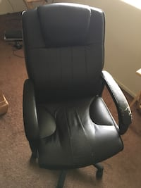 Comfy Office chair $60 OBO Los Angeles, 91316