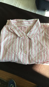 Pink and white stripe collared button-up shirt