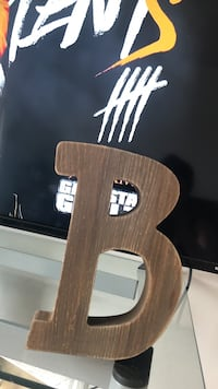 1ft wooden letter  Peoria, 61604