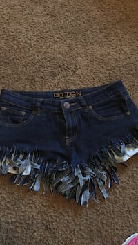 women's blue denim shorts