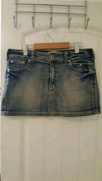 Denim Skirt womens - Size 10 Surrey, V3S 0S3