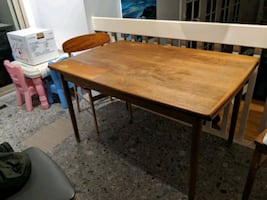 Free kitchen table