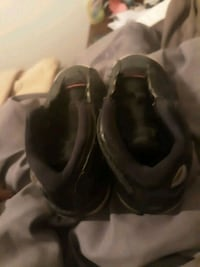 pair of black Nike shoes New Orleans, 70125