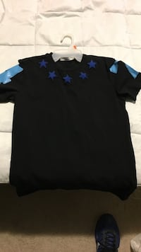 Black and blue stars embroidered crewneck t-shirt Baltimore, 21216