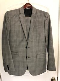 Express Photographer Slim Fit 2 piece suit. 38R 32x34 Royal Oaks, 95076